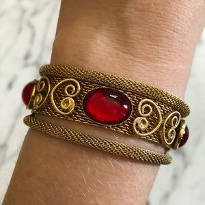 Vintage Jewelry - Vintage Ruby Red Cabochon Gold Tone Mesh Bracelet